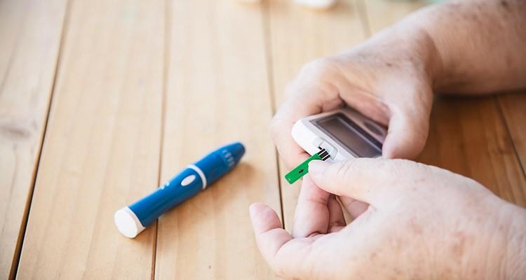 کاهش قند خون با مصرف گیاهان دارویی