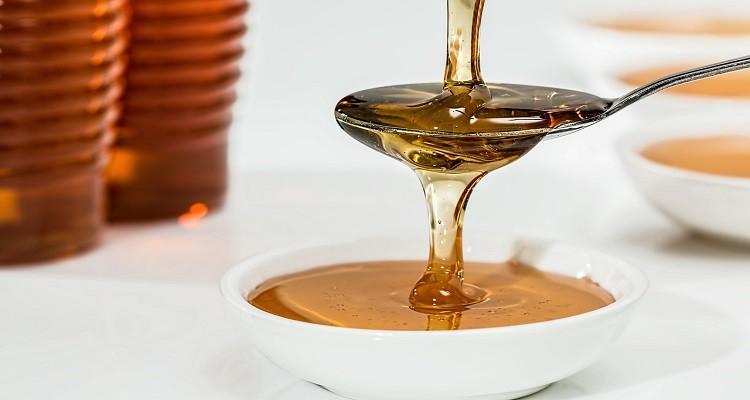 ویژگی های عسل طبیعی از نظر طب سنتی