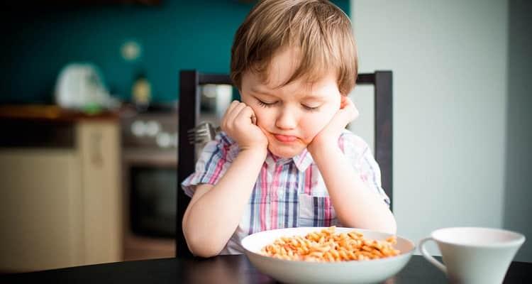 چرا کودکم لاغر و بی اشتهاست! چاره چیست؟