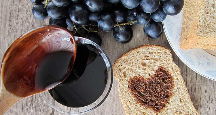 خواص و طرز تهیه شیره انگور در طب سنتی