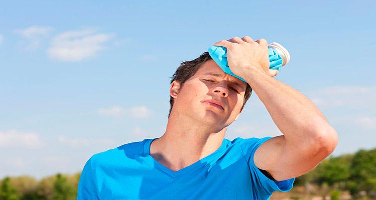 مقابله خانگی با سردرد ناشی از گرمازدگی