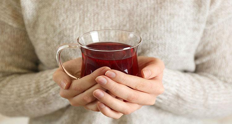 گرم مزاجان نباید چای بنوشند