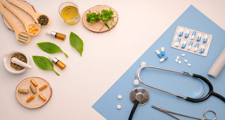تفاوت طب سنتی ، طب ایرانی و طب مکمل چیست