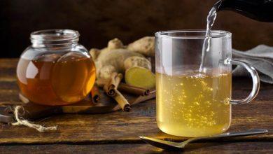 آیا حل کردن عسل در آب آن را سمی میکند؟