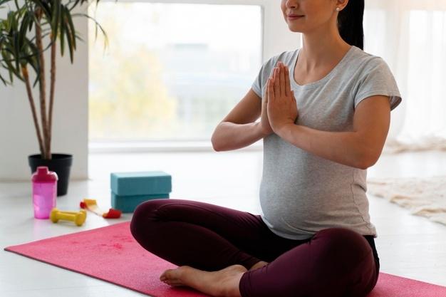 یوگا و پیلاتس در بارداری