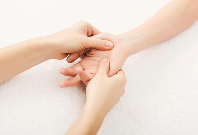 ۱۱ روش موثر غیردارویی برای درمان و تسکین دردها