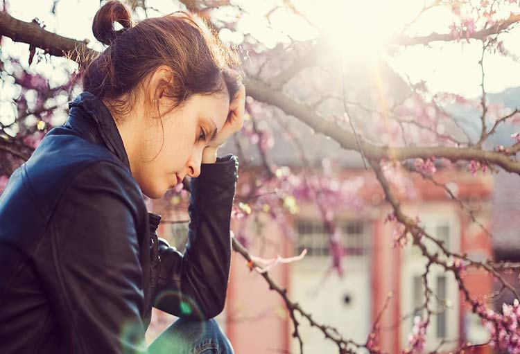 بهترین تدابیر برای پایان بخشی به افسردگی بهاری