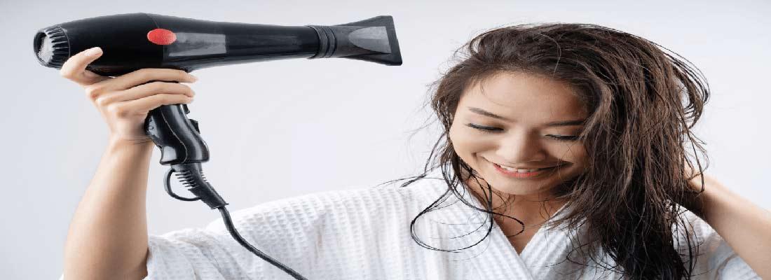 سشوار کشیدن صحیح برای پیشگیری از خشکی و وزی مو