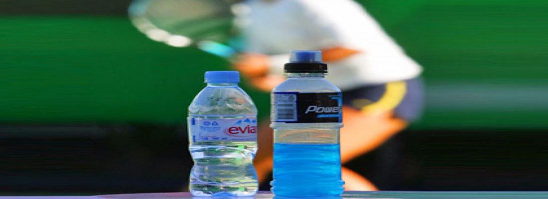 عوارض نوشیدن آب هنگام ورزش و داغی بدن